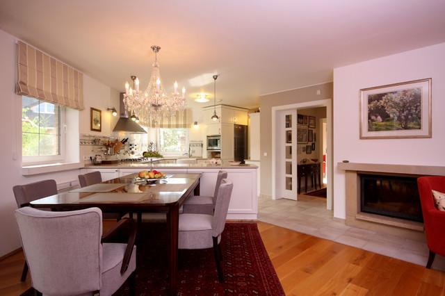 Kolovraty traditional-dining-room