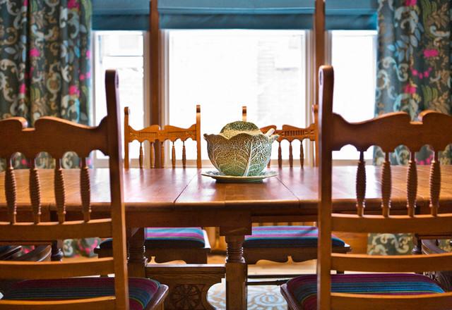 L'harmonieuse traditional-dining-room