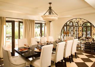 La Itallian Villa Hillside Home Mediterranean Dining