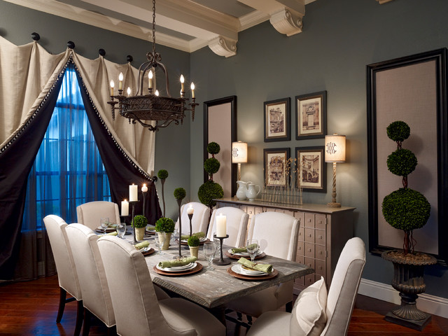 Lake mary rustic style residence traditional dining