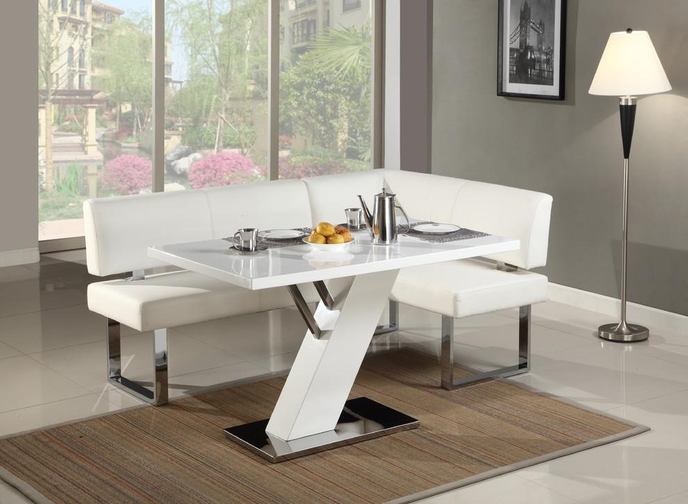 Dining room - modern dining room idea in Miami