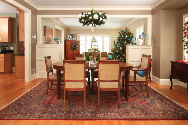 Example Of A Country Great Room Design In Minneapolis