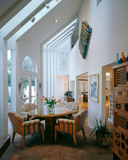 Living Spaces traditional-dining-room