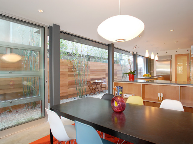 Luxury Townhome contemporary-dining-room