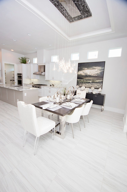 Lori manning designs builder tundra homes for Dining room design questions