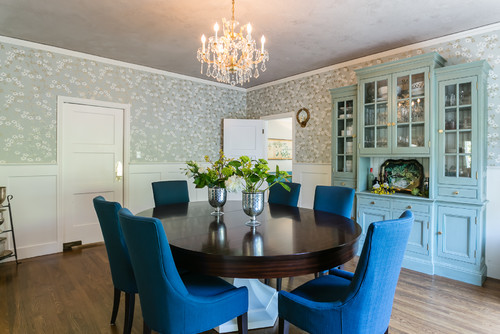 How to update and paint a hutch or bookcase for Updating a traditional dining room