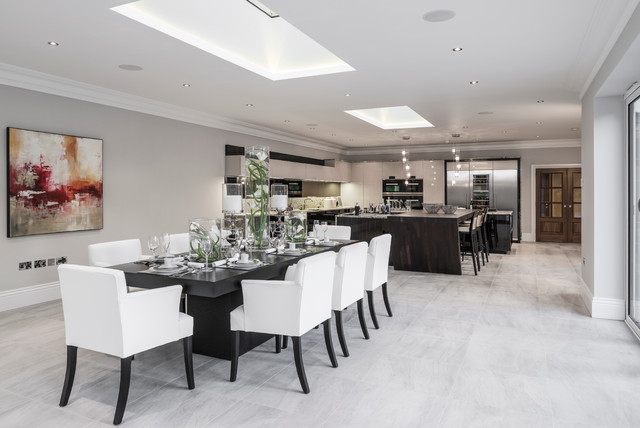 Luxury House In Buckinghamshire Contemporary Dining