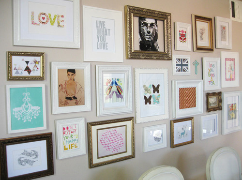 Pretty little ivy design tuesday eclectic gallery wall - Eclectic picture frame wall ...