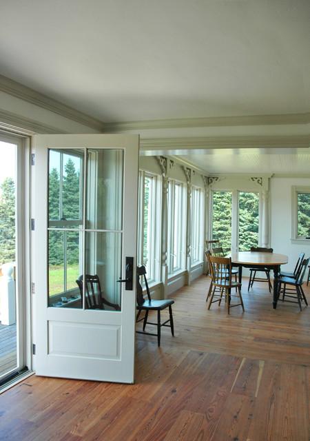 MAINE RESIDENCE farmhouse-dining-room