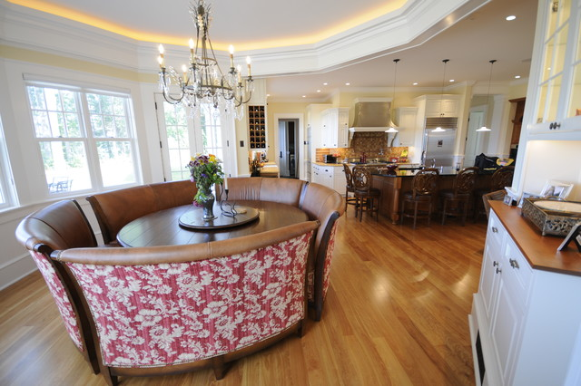 Mallets Bay Shingle traditional-dining-room