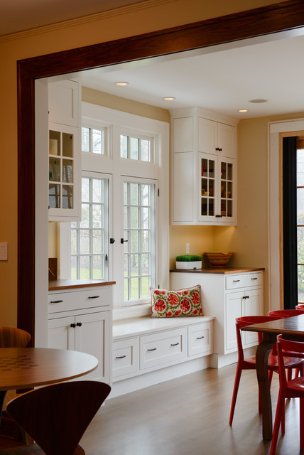 Maplewood traditional-dining-room