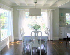 Marblehead Cottage beach-style-dining-room