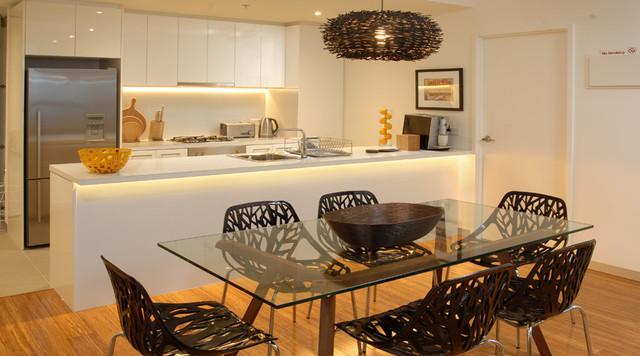 Melbourne Retreats 4002 contemporary-dining-room