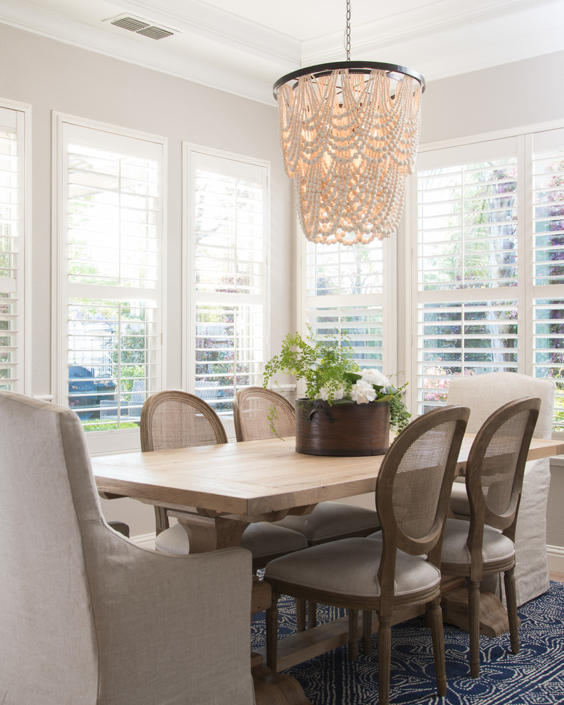 Inspiration for a transitional dining room remodel in Sacramento