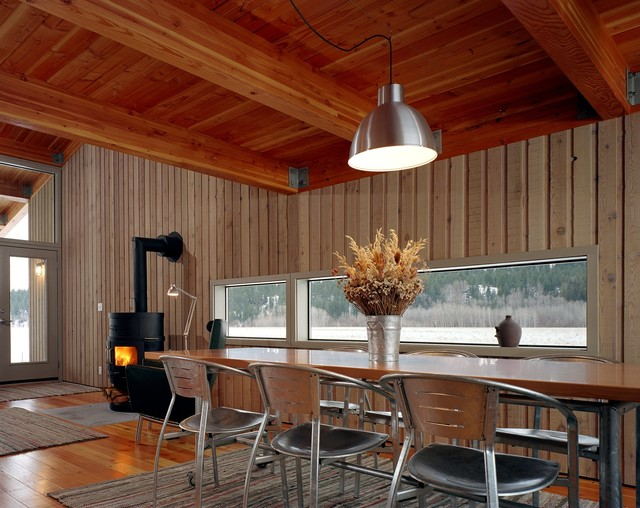 modern dining room by Eggleston Farkas Architects