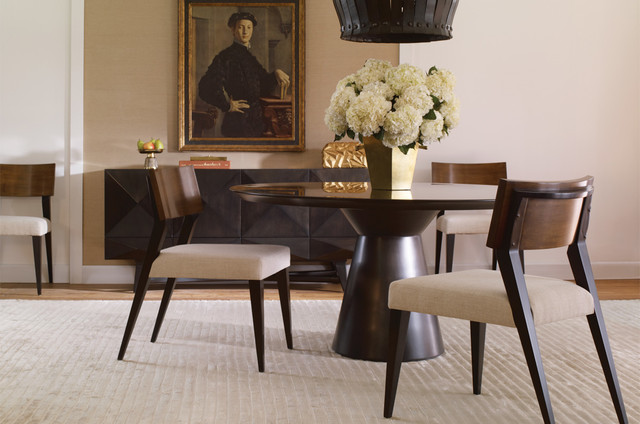 Charmant Example Of A Minimalist Dining Room Design In New York