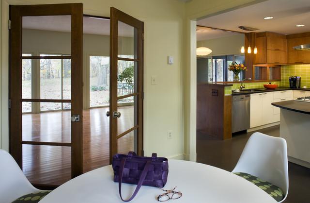 mid-century [re]modern modern-dining-room