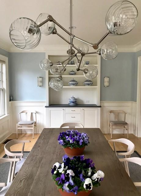 Dining room - transitional dining room idea in New York