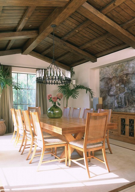 misc tropical dining room