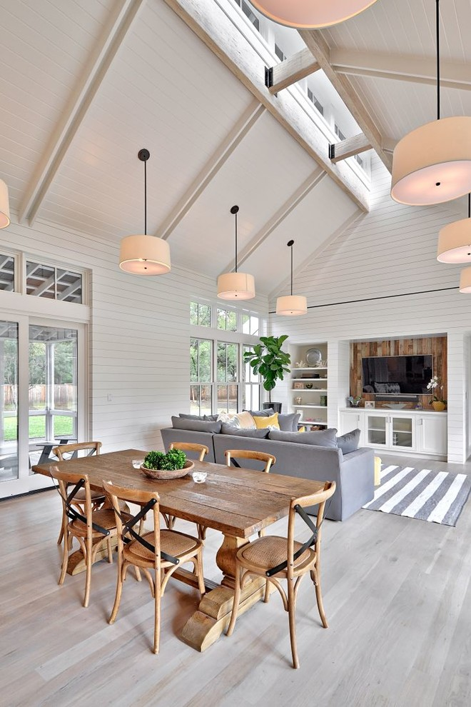 Inspiration for a farmhouse great room remodel in Austin