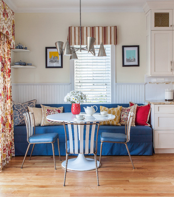 Living Room Meets Dining Room The New Way To Eat In