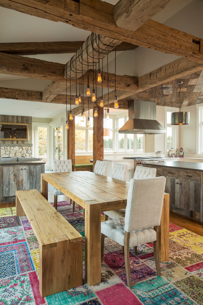 Mid-sized cottage light wood floor kitchen/dining room combo photo in Minneapolis with beige walls and no fireplace