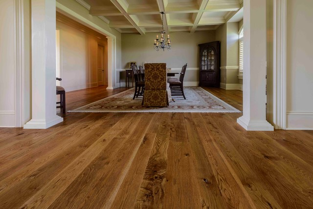 New White Oak Character Grade Traditional Dining Room