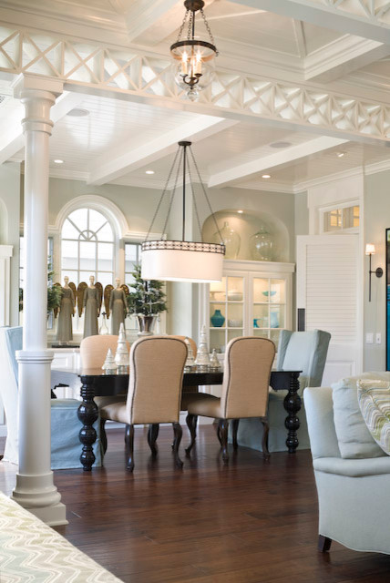 Newport Beach traditional-dining-room