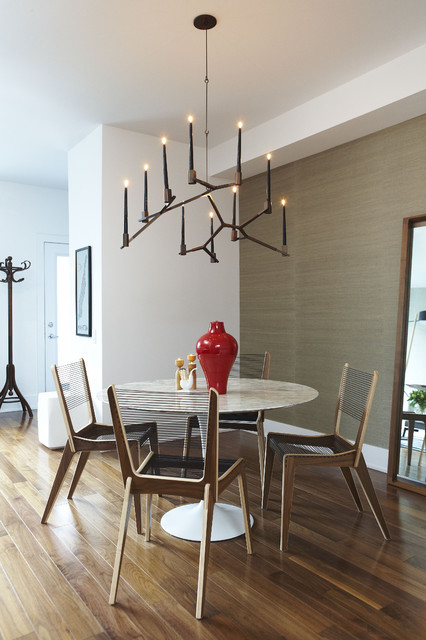 Niagara Residence Contemporary Dining Room