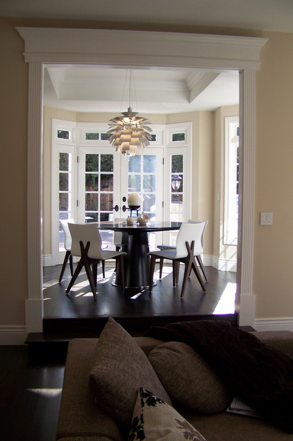nook contemporary-dining-room