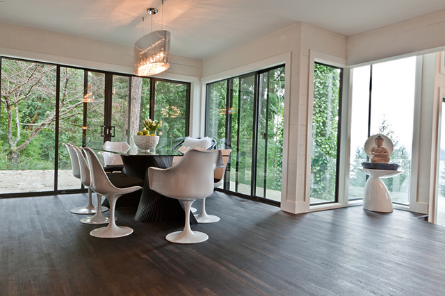 North Vancouver- Modern Dining Room, Home Reno's, Spacious living, Zen spaces contemporary-dining-room