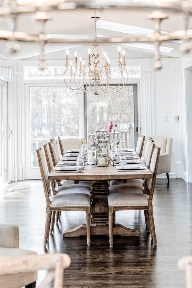 Dining room - country dining room idea in Chicago