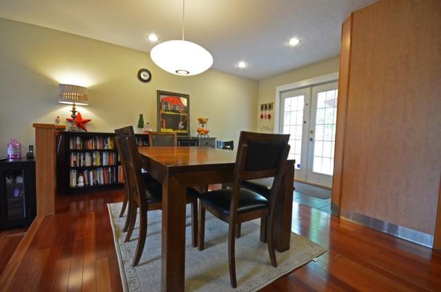 Notre Dame listing contemporary-dining-room