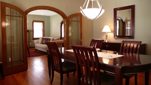 Oakdale Residence traditional-dining-room
