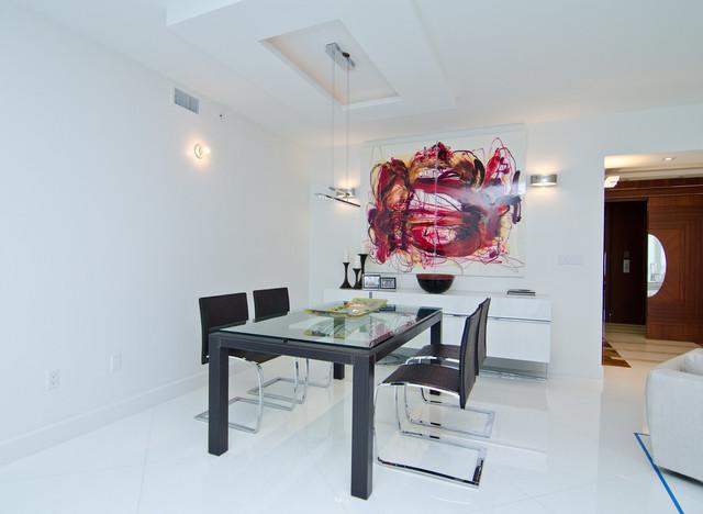 Opalina Krystal Glass modern-dining-room