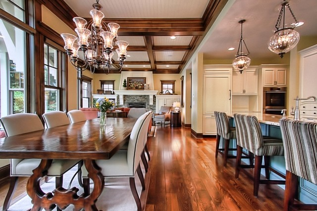 Open floor plan traditional dining room for House plans with big kitchens and hearth rooms