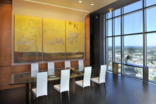 Organic contemporary dining room