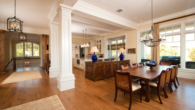 Osprey Oceanfront Traditional Dining Room