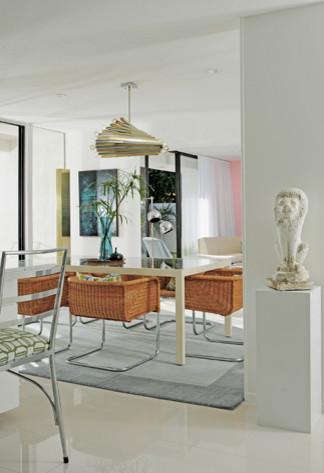 Palm springs interior design tour home eclectic dining for Palm springs interior design style