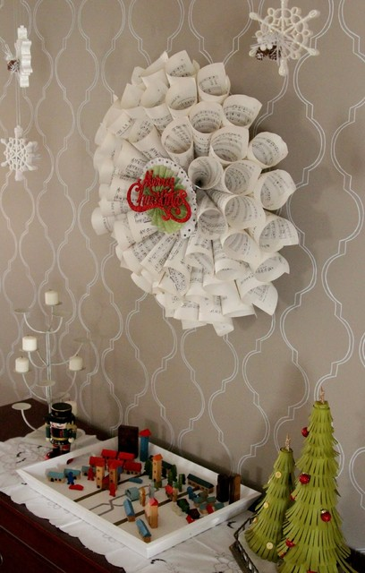 Paper Wreath dining-room