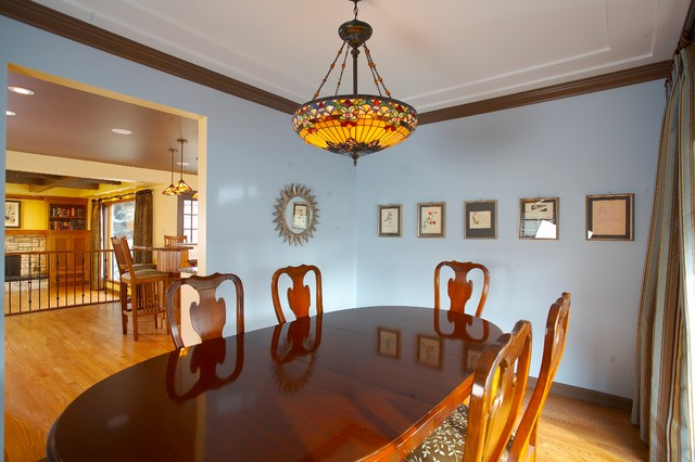 Parkview traditional-dining-room