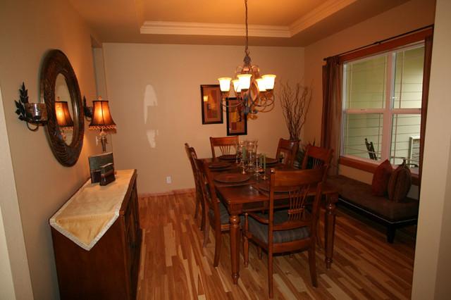 Pearson Point_Custom Homes | Joe Gates Construction, Inc. dining-room