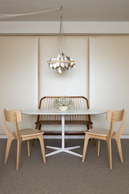 Peggy's studio modern-dining-room