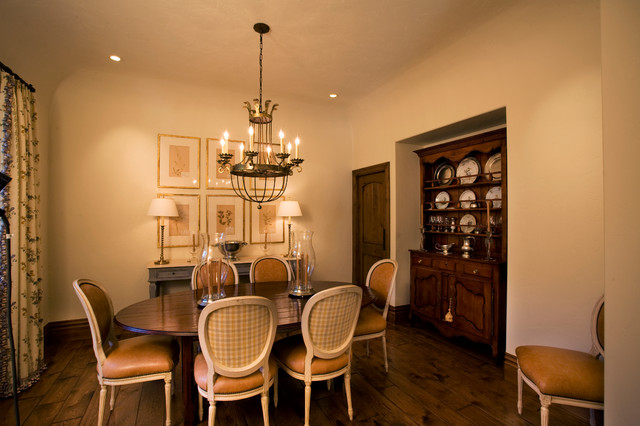 Pepperwood French Provence traditional-dining-room