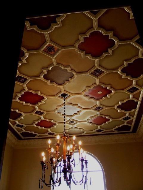 Plaster ceiling pattern mediterranean-dining-room