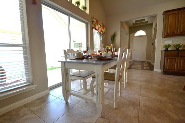 Peachy Plum Creek Kyle Tx Avi Homes Klassisch Esszimmer Interior Design Ideas Oteneahmetsinanyavuzinfo