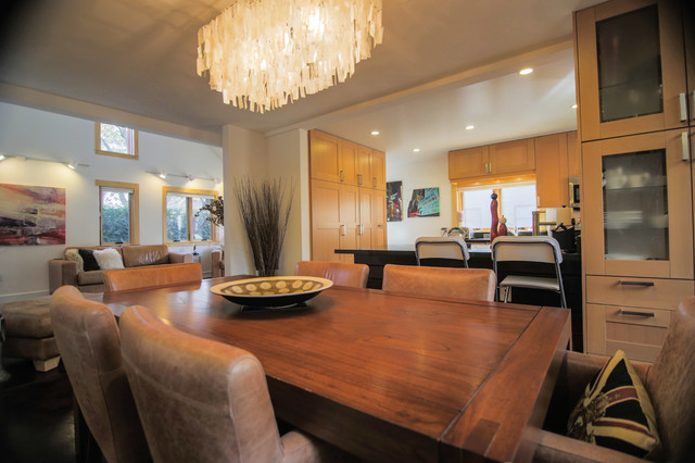 Poppy's Place: Two-Bedroom, Two-Bath Home contemporary-dining-room