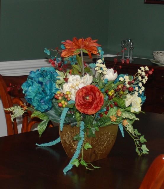 Portfolio flower arrangement traditional dining room for Dining room flower arrangements