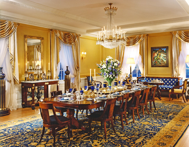 Portledge traditional-dining-room