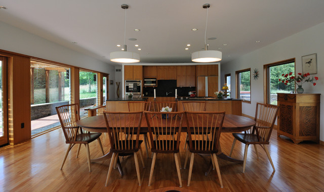 Prairie house no 2 modern dining room minneapolis for Dining room design questions